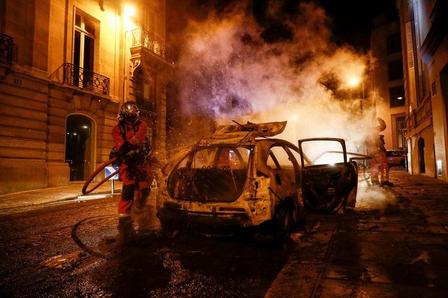 psg scontri multietnica banlieue parigi