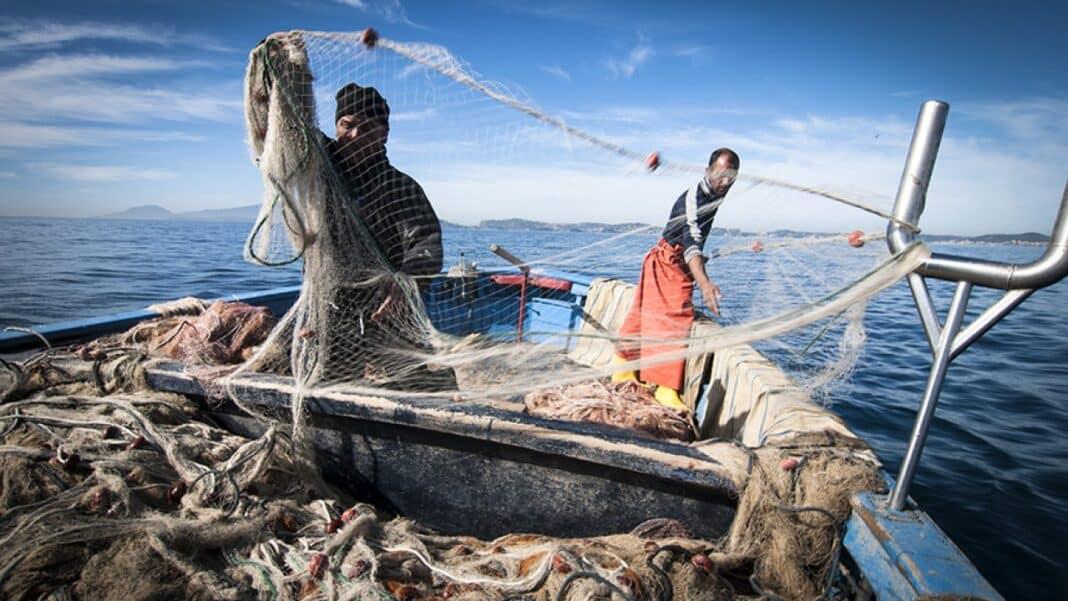 pescatori sequestrati libia