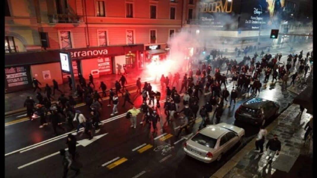 Milano, scontri