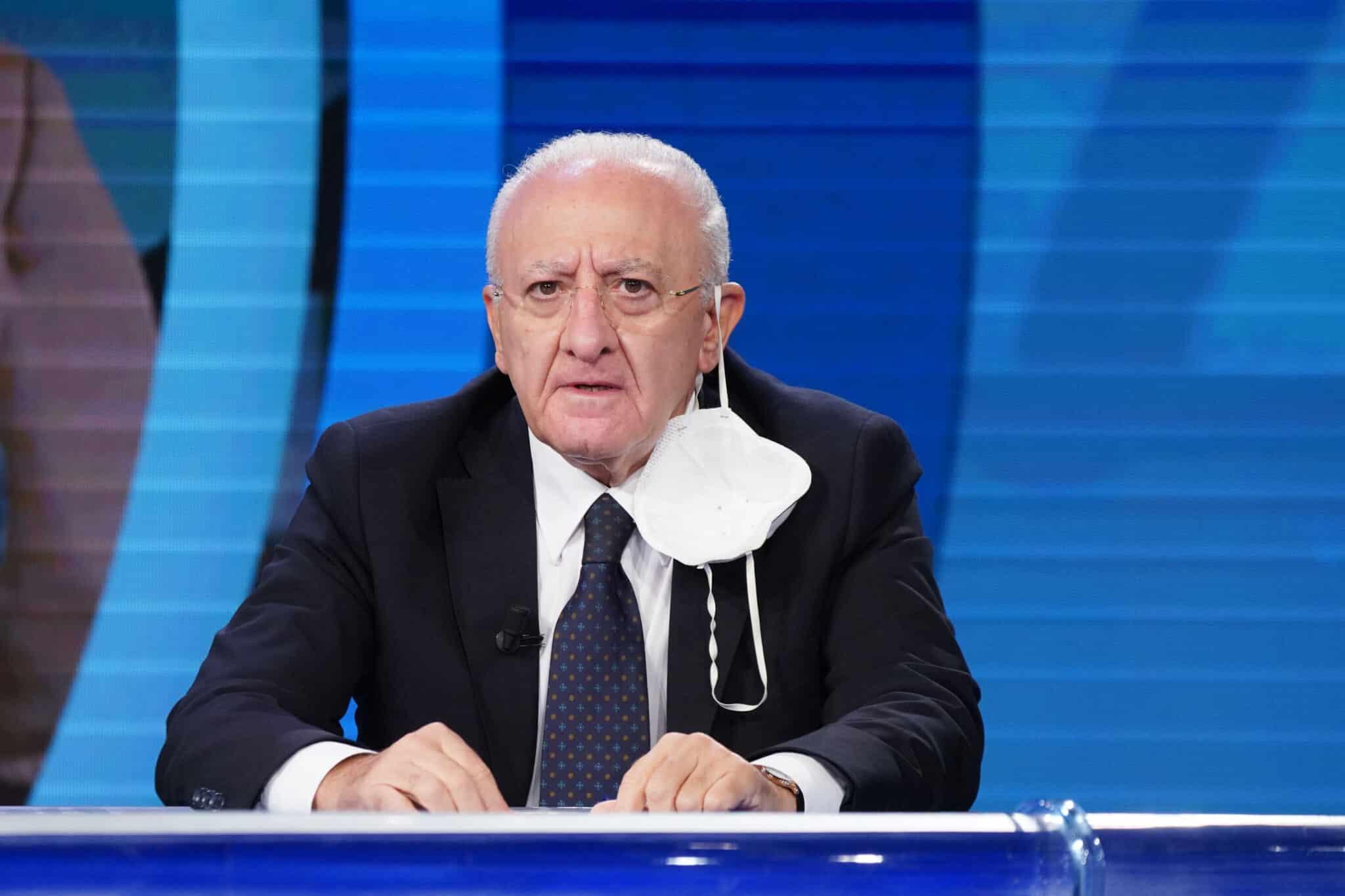 De Luca, weekend sarà prova di responsabilità dei campani - Campania