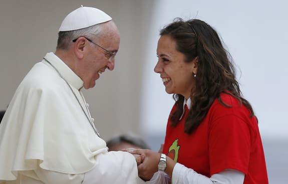 Papa Bergoglio con una donna