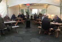 Pub inglesi nella tenda