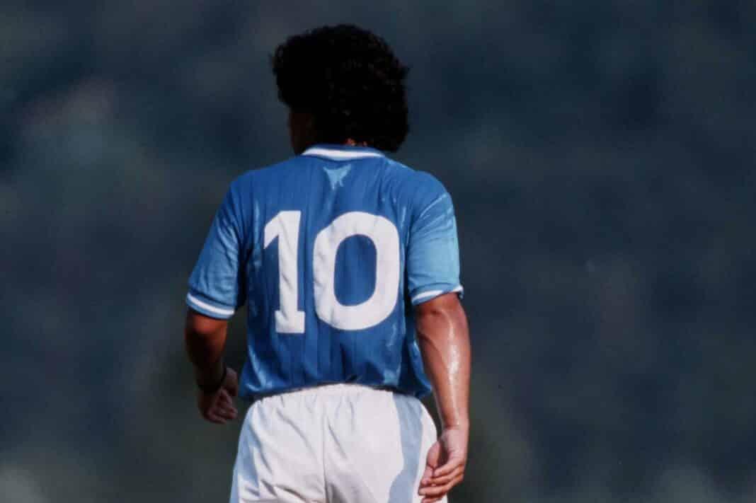 Maradona, 10