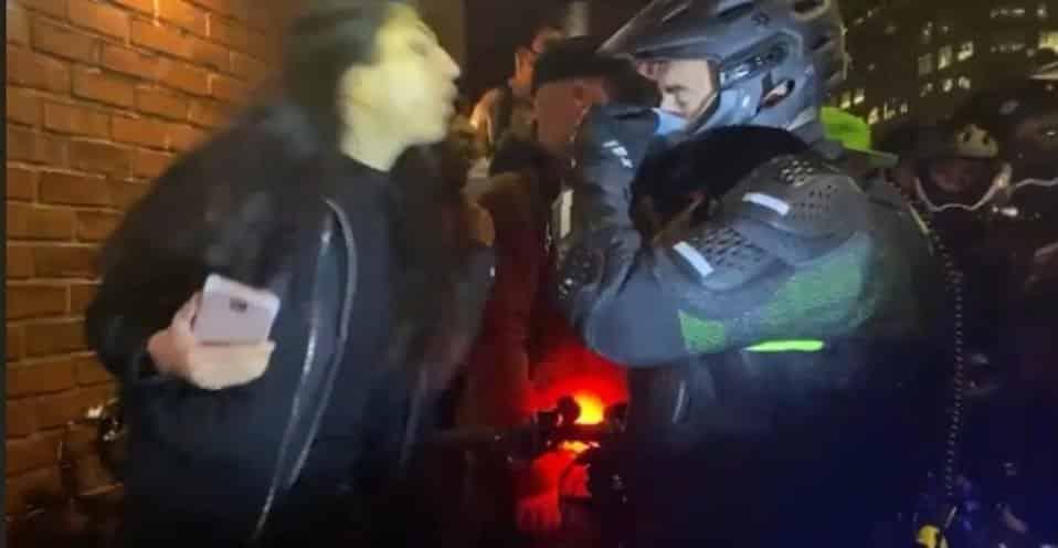 Video poliziotto fascista