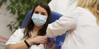 Infermiera, vaccinata
