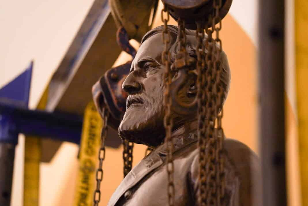 statua generale Lee