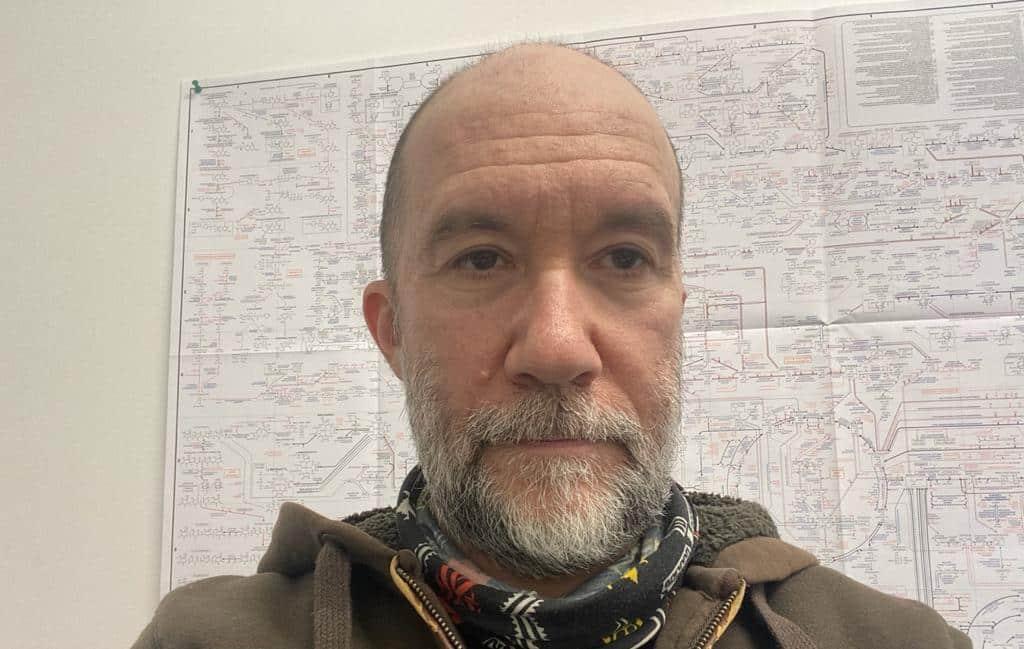 """Parla il biologo molecolare Enrico Galmozzi: """"La corsa spasmodica al vaccino non ha senso. Meglio puntare su terapie"""""""