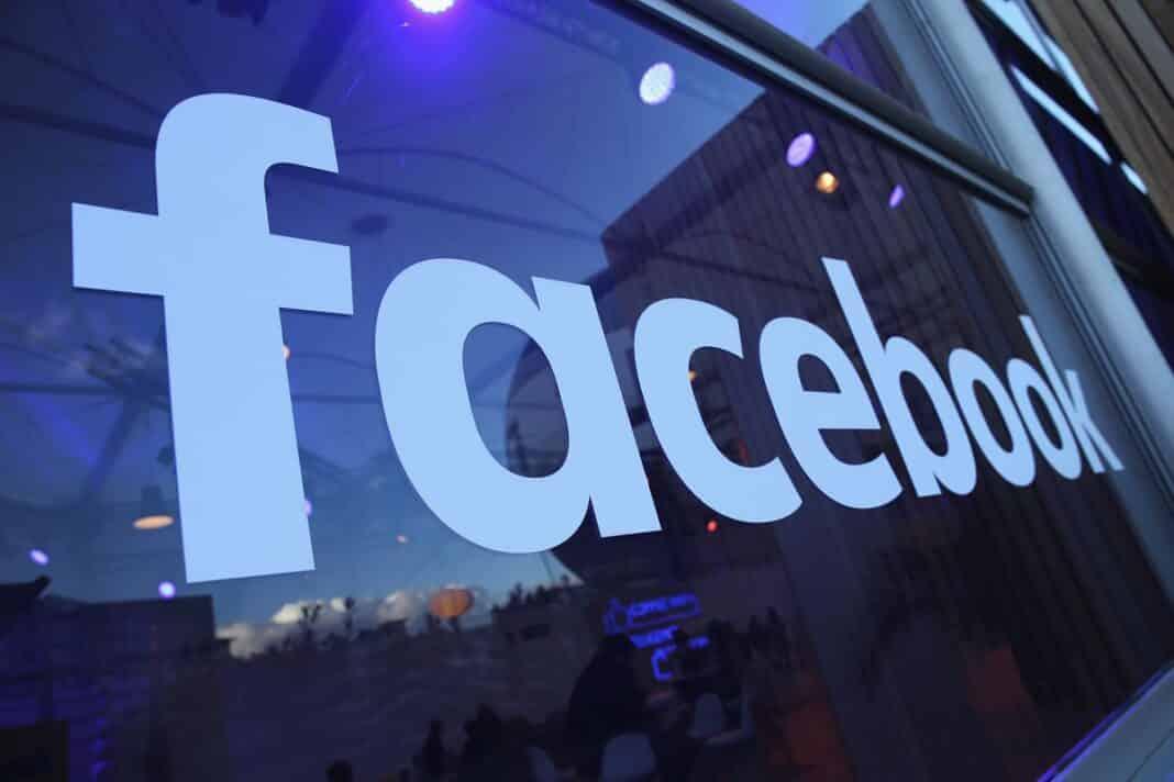 Facebook, condannata