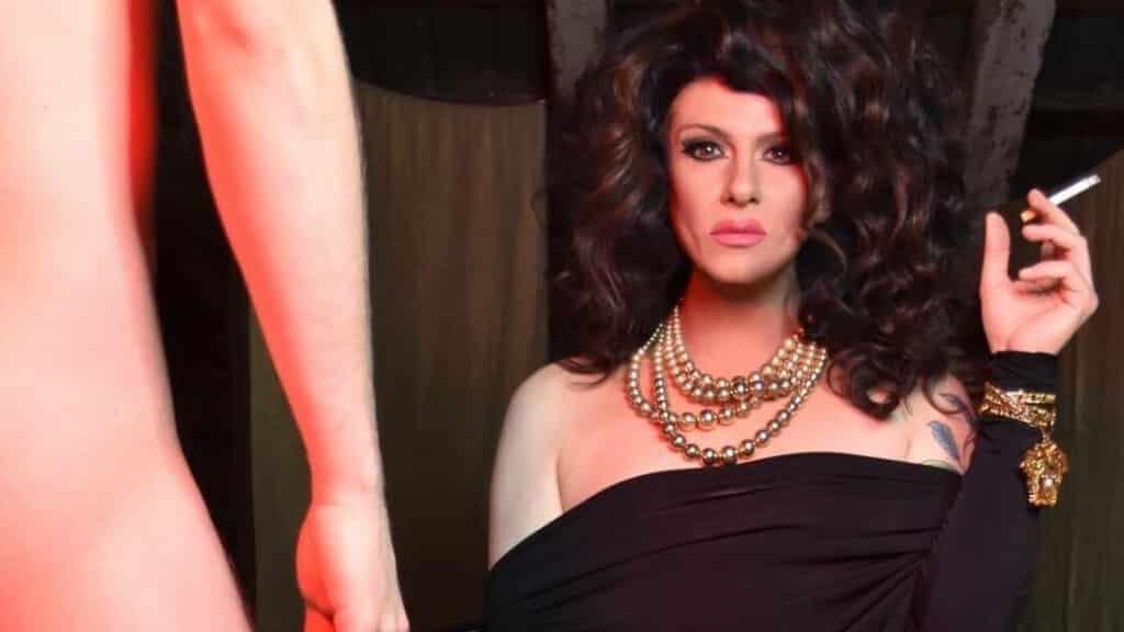 Nina Queer trans