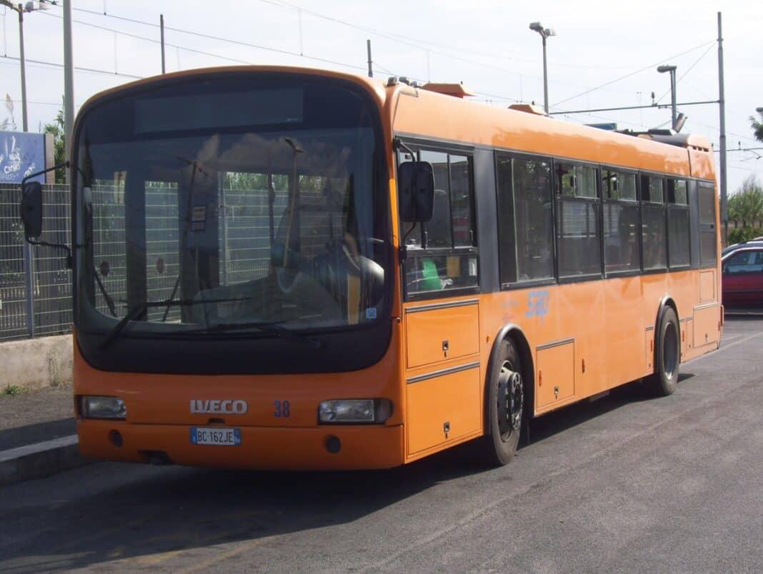autobus conducente