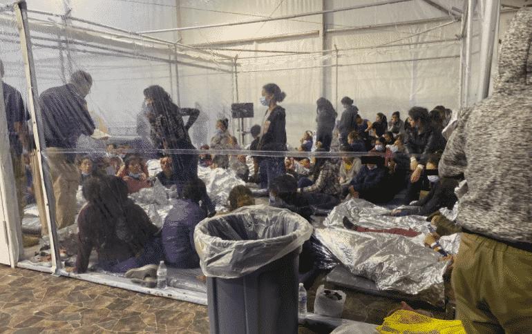 bambini immigrati gabbie