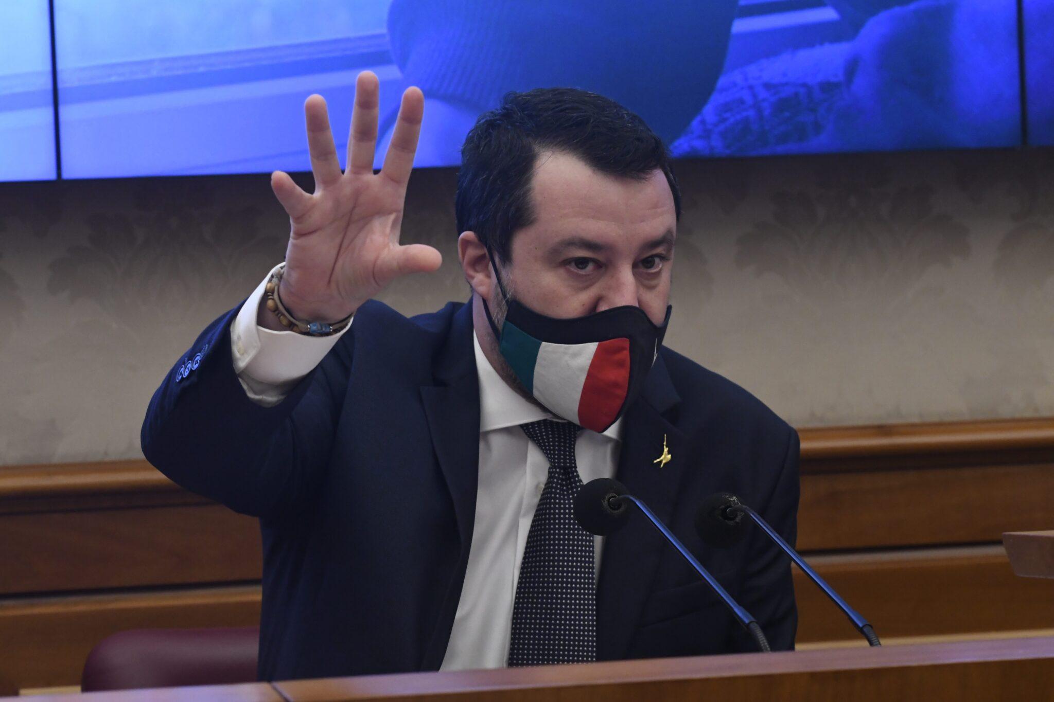 """""""Tornare a controllare i confini, Italia non sia unico porto"""". Salvini in pressing su Draghi"""