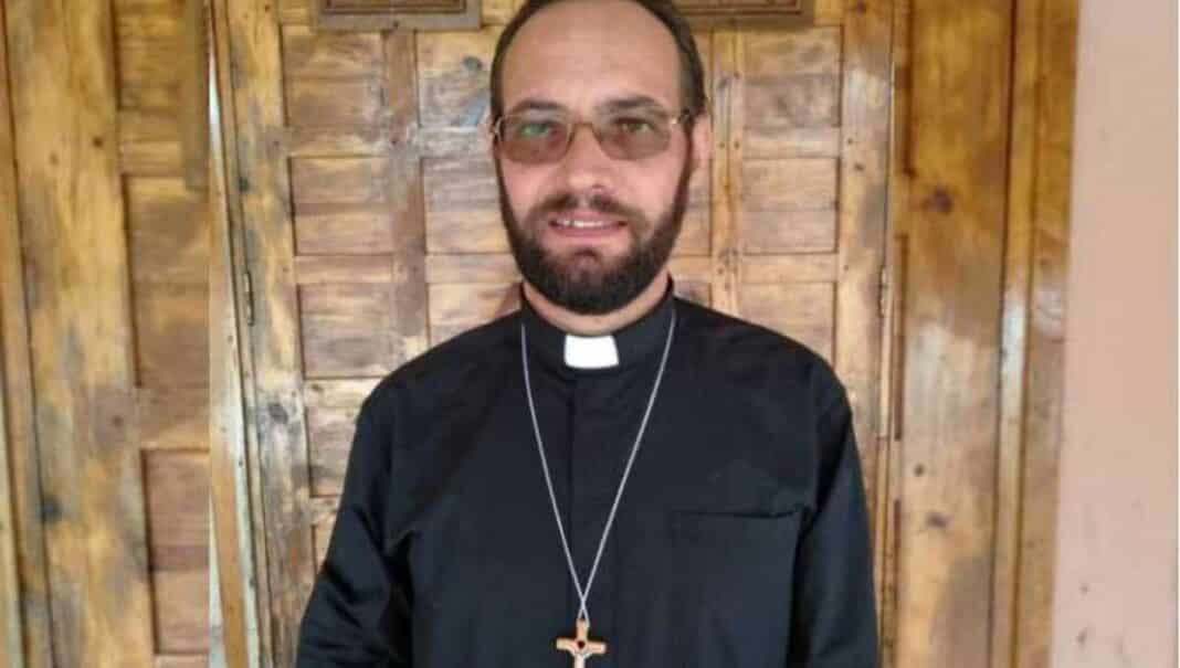 sud sudan, padre christian