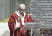 papa francesco, proprietà