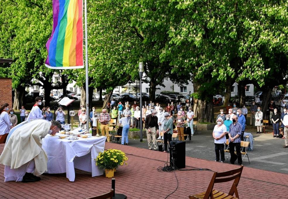 sacerdoti tedeschi coppie gay
