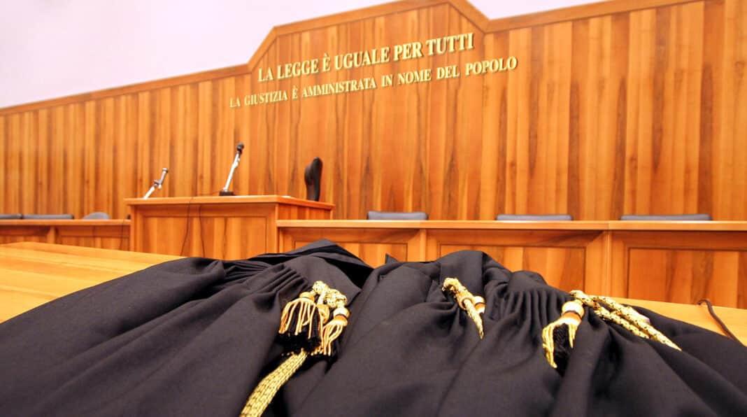 motto dannunziano, giudici