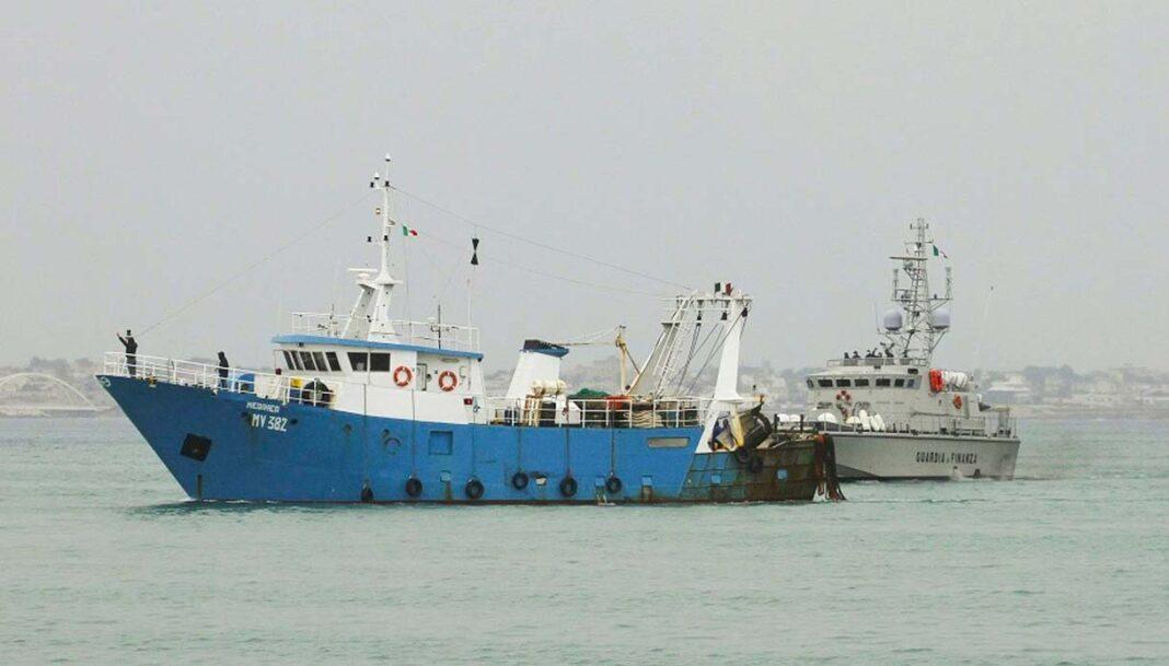 peschereccio italiano, libia