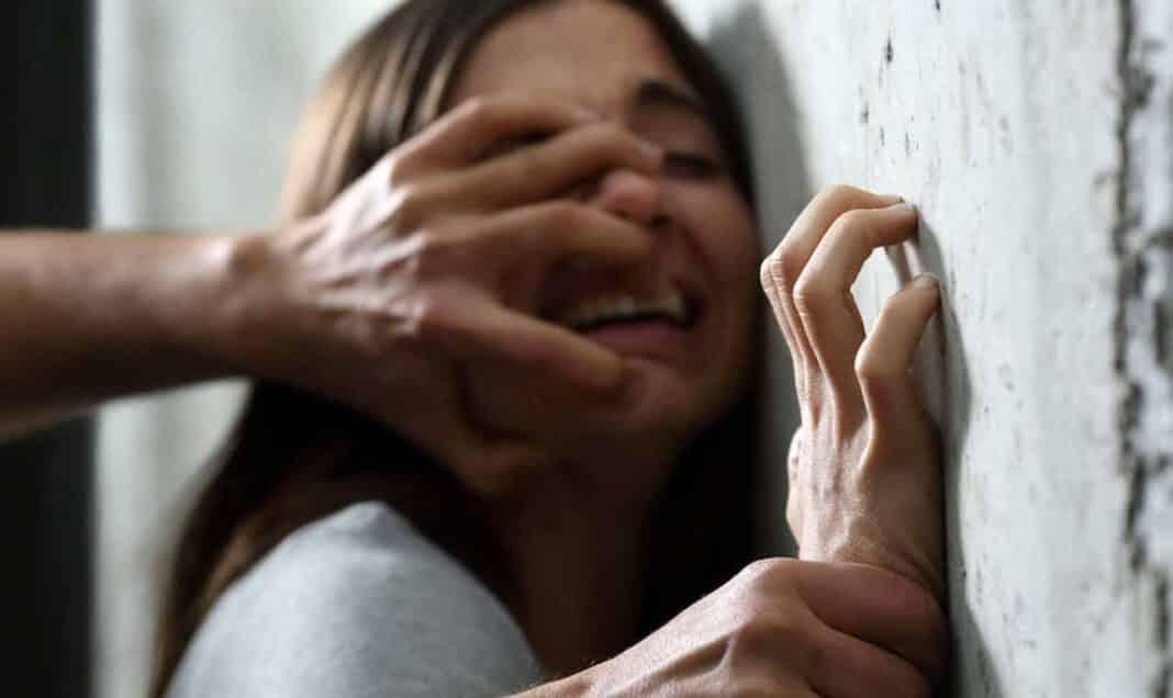 egiziano stupro