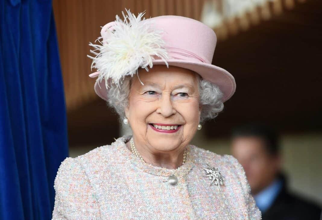 buckingham palace famiglia reale razzismo