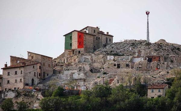 Castelluccio, tricolore