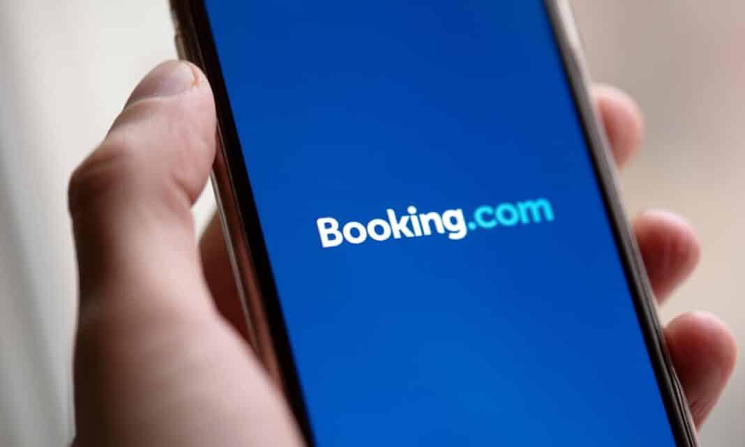 booking, evade