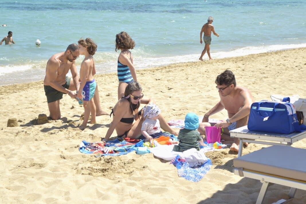 Bimbi spiaggia