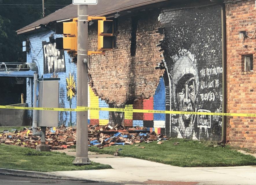 fulmine murales george floyd