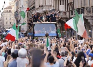 Italia in festa, Azzurri