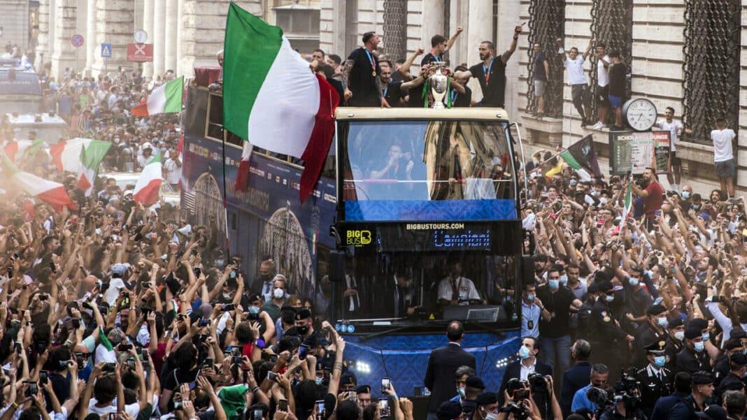 italia festa contagi