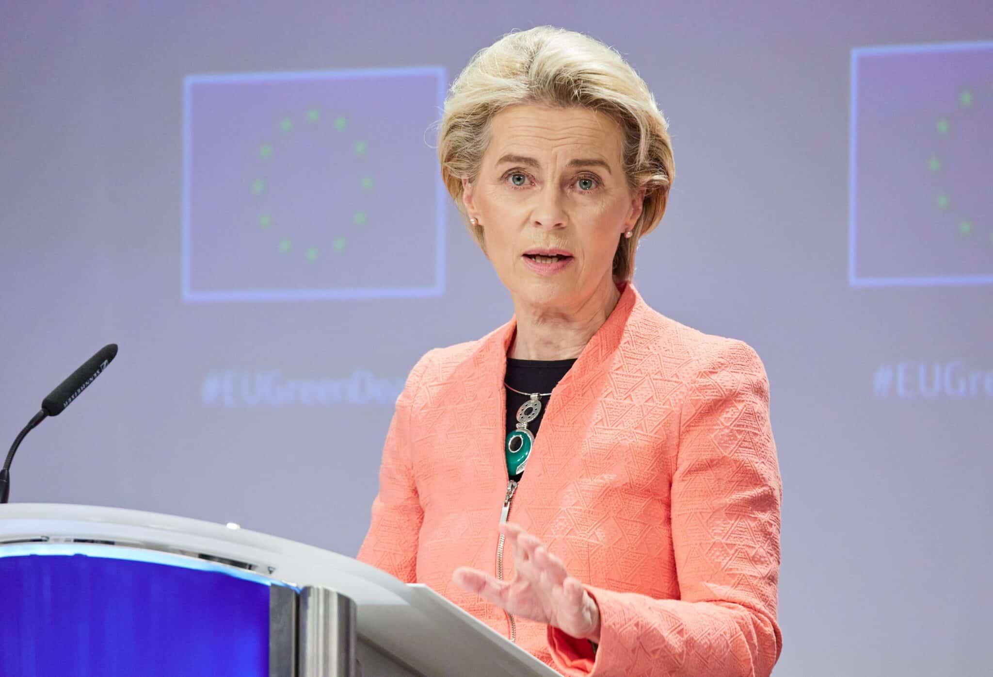 Lobby Lgbt: al via procedura infrazione Ue contro Ungheria e Polonia