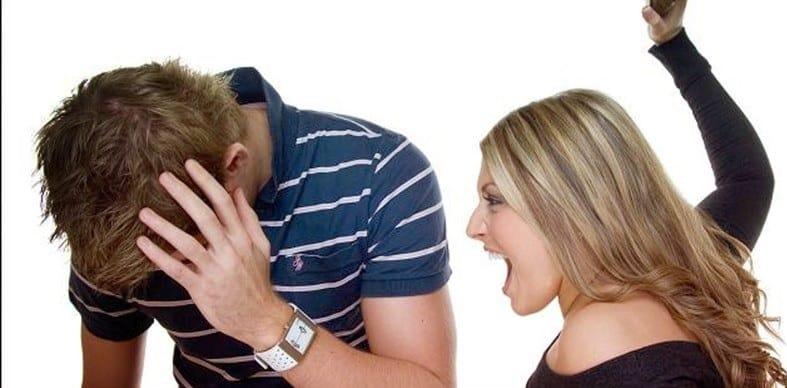Fidanzato accoltellato