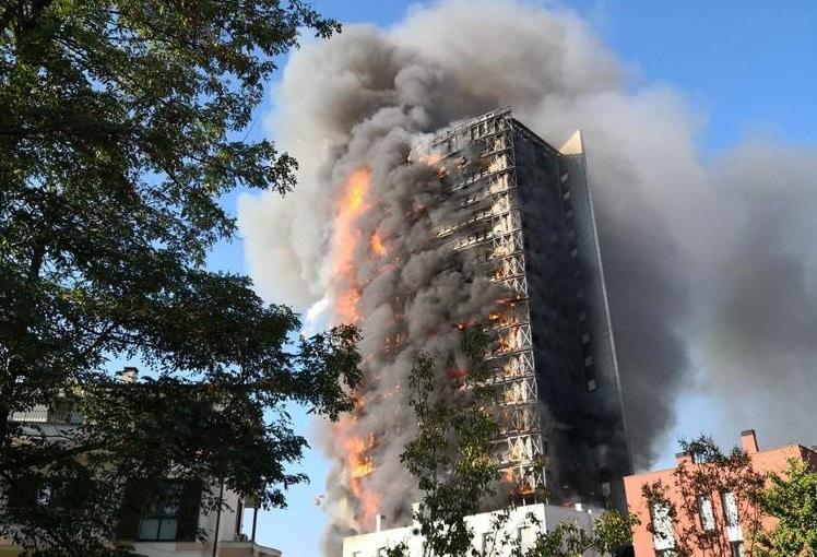 grattacielo incendio