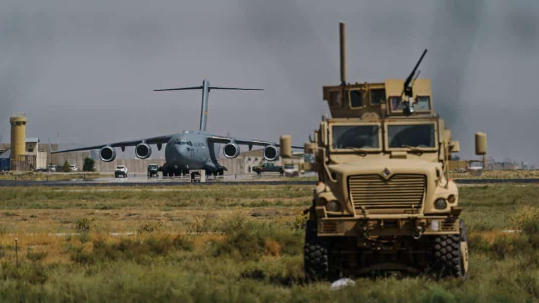 aeroporto Kabul, attacco