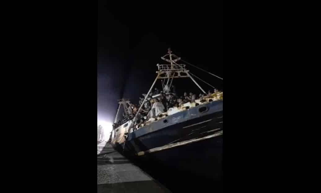 Lampedusa 700 clandestini