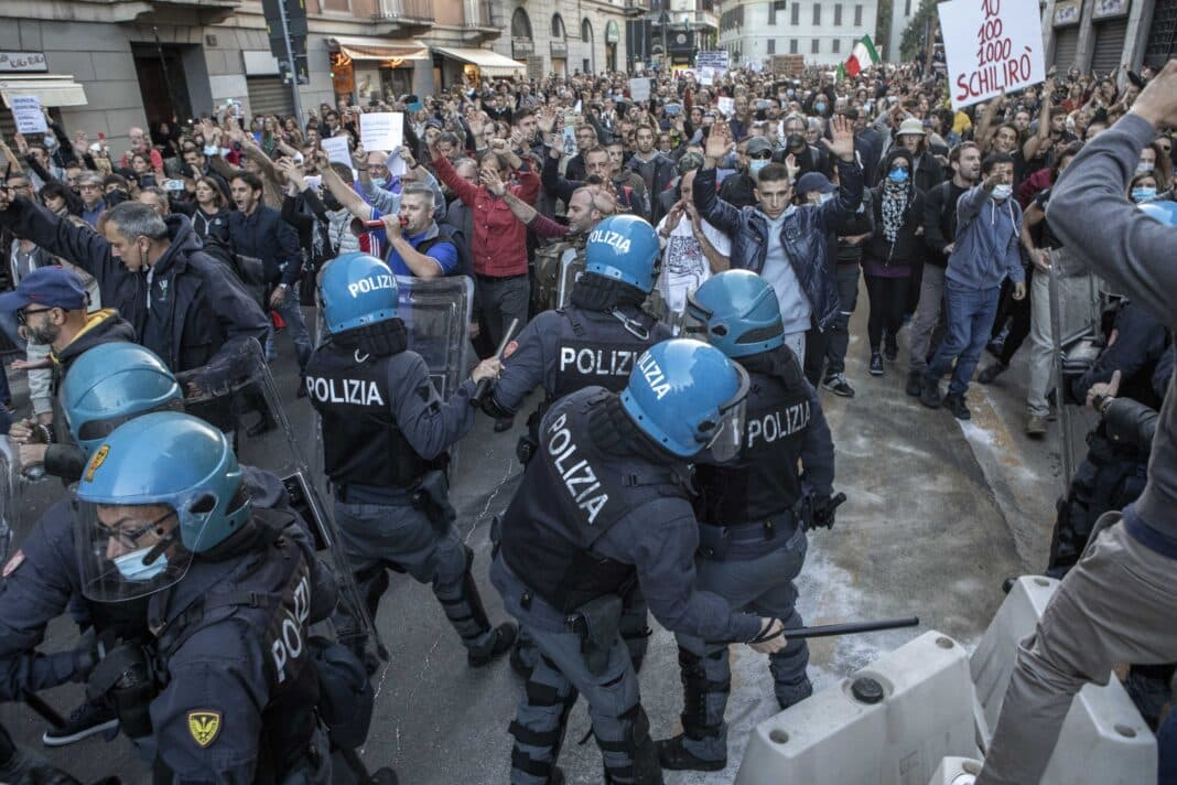 Milano anarchici, scontri